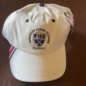Adjustable mens white hat